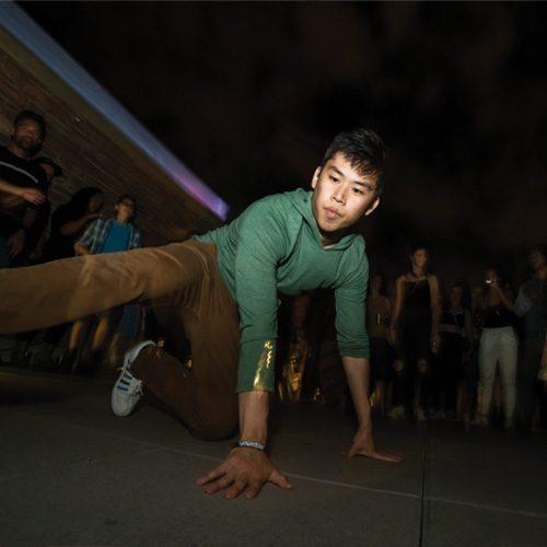 Boy-danceing-o